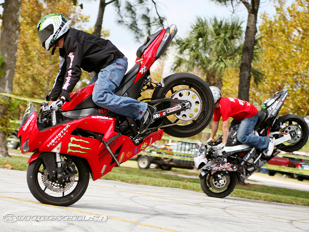 cars and bikes stunt and wallpapers